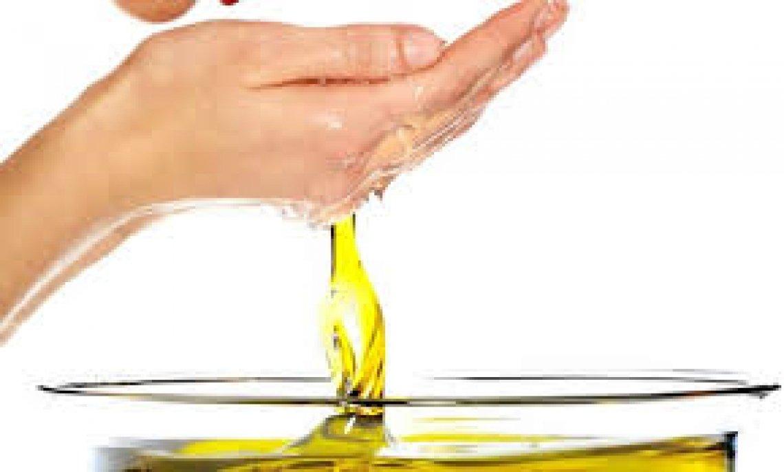 Le proprietà dell'olio d'oliva nel proteggere la pelle dopo l'esposizione al sole