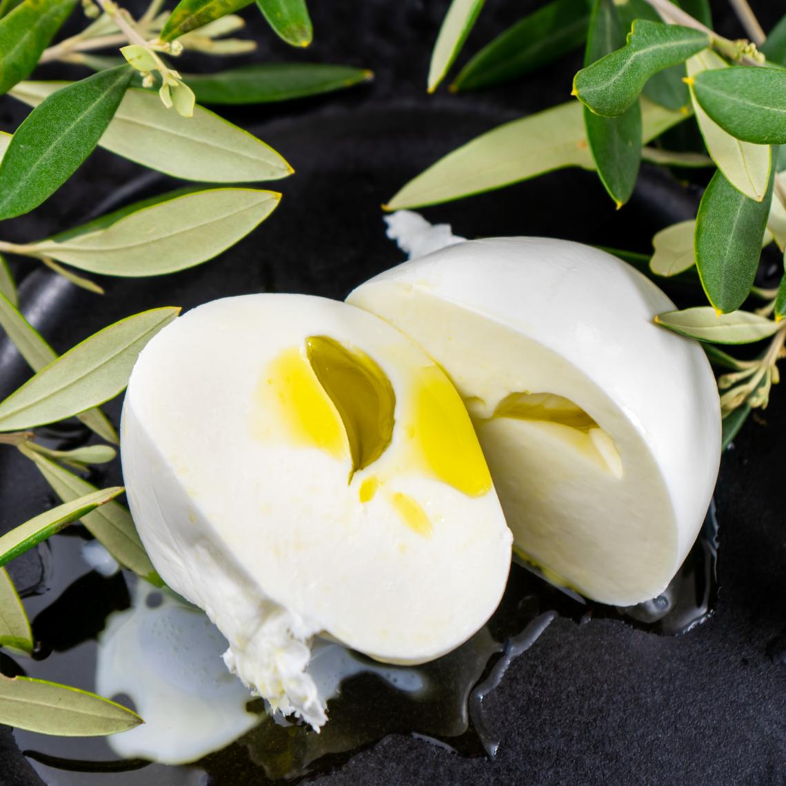 Le nuove nozze tra mozzarella di bufala e olio extra vergine d'oliva: Cuor d'Olio