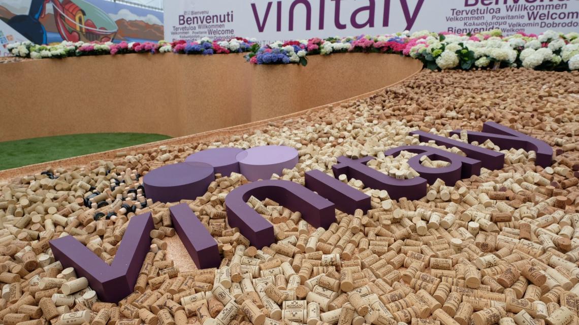 La ripartenza di Vinitaly viene sostenuta dal Ministero delle politiche agricole