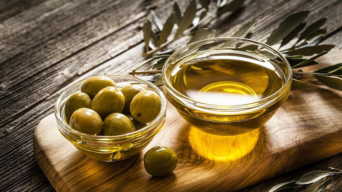 Gli n-alcani e gli n-alceni per identificare gli oli extra vergini di oliva monovarietali