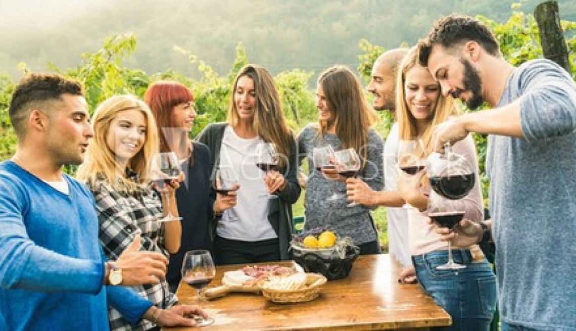 Originalità, prezzo e terroir sono motivazioni d'acquisto per i giovani consumatori di vino