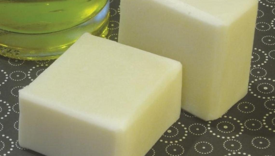 Il sapone all'olio d'oliva ha sicuramente più di 1200 anni