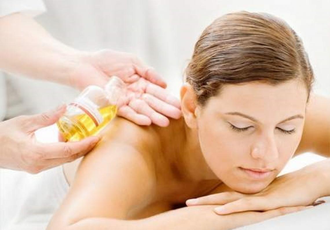 Meglio l'olio di oliva di certi gel per curare il dolore da osteoartrite del ginocchio