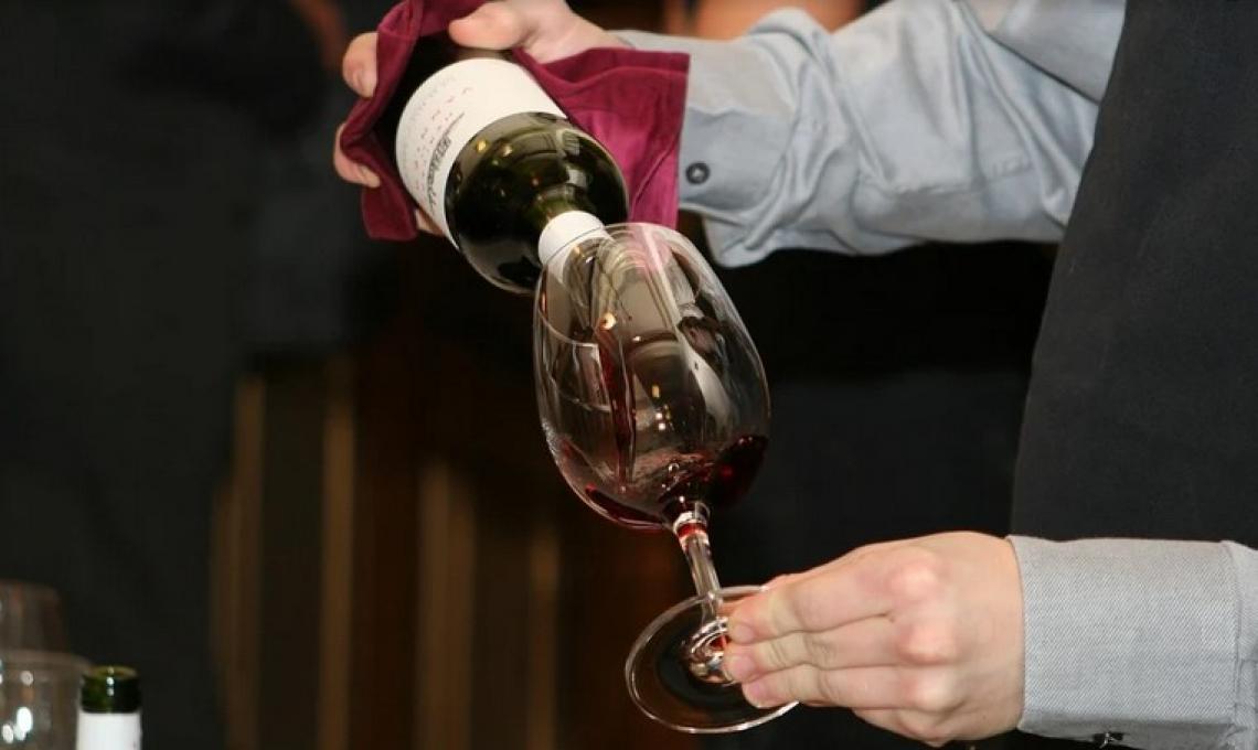 La complessità di un vino è associata al numero totale di attributi, all'intensità complessiva e alla persistenza