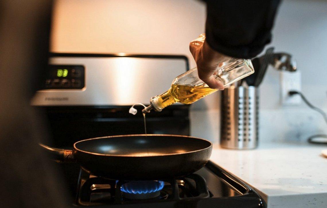 Ancora troppa ignoranza sulla frittura con olio extra vergine di oliva