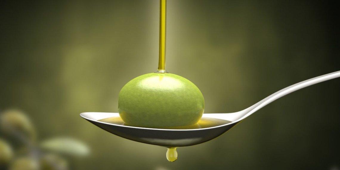 L'olio extra vergine d'oliva agisce come antiossidante nel sangue, nel cervello, nei muscoli e nell'intestino tenue