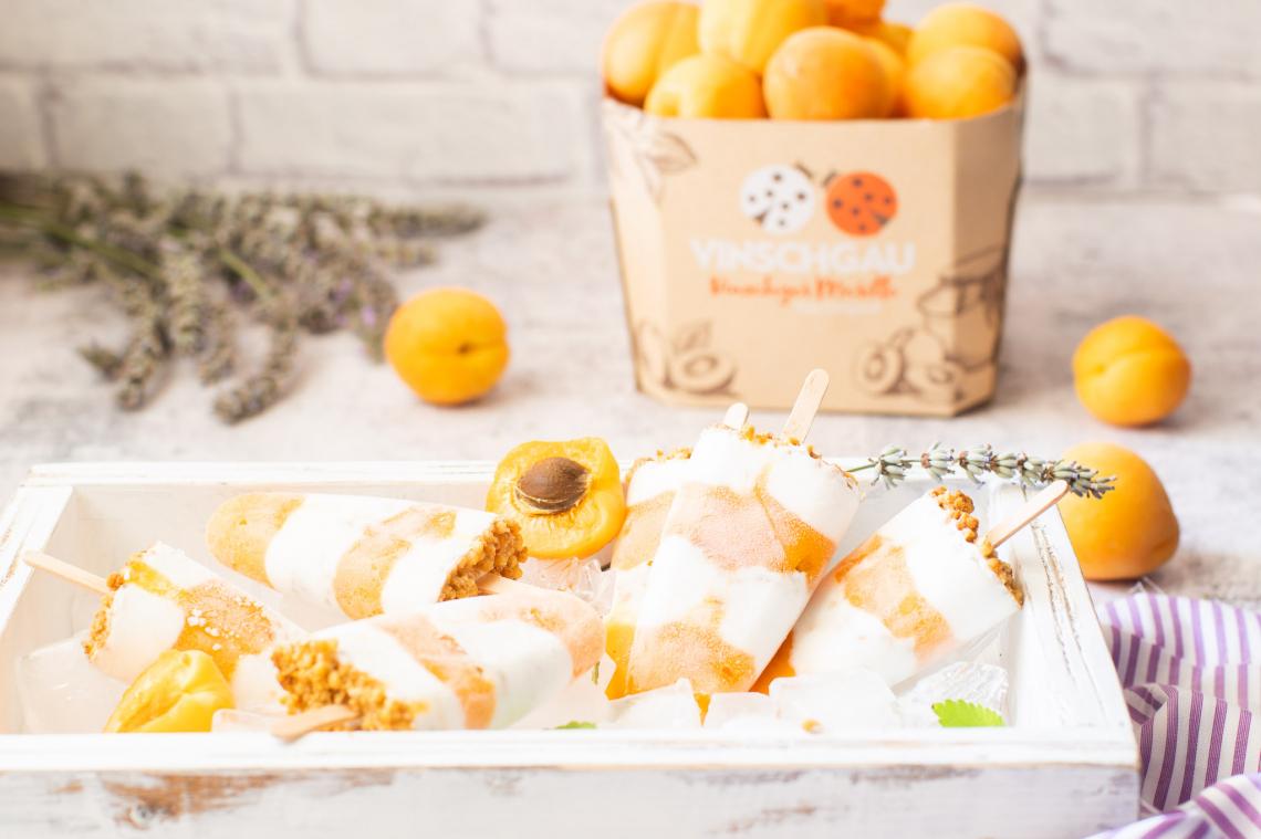 Ghiaccioli di albicocche e cocco: un'idea semplice e dissetante per rifugiarsi dal caldo
