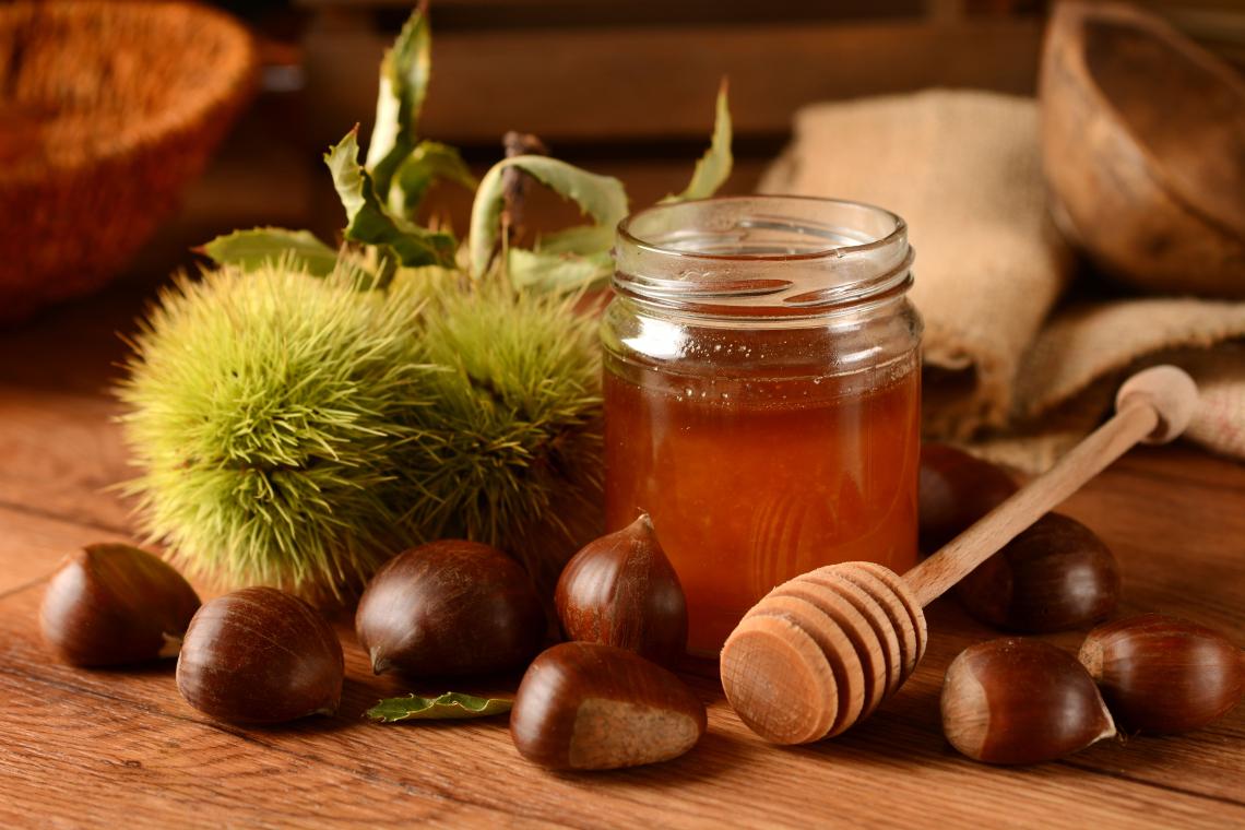 Il Miele del Sindaco 2021 è il miele di castagno candidato dal Sindaco di Amaroni