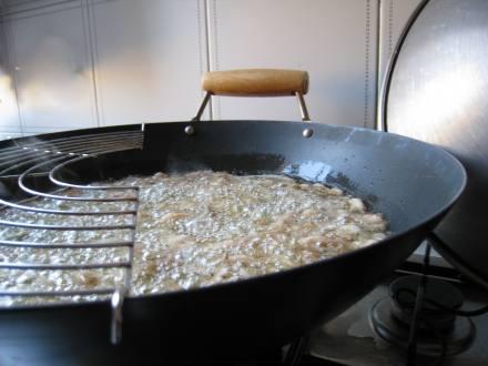 Olio e alimento in frittura