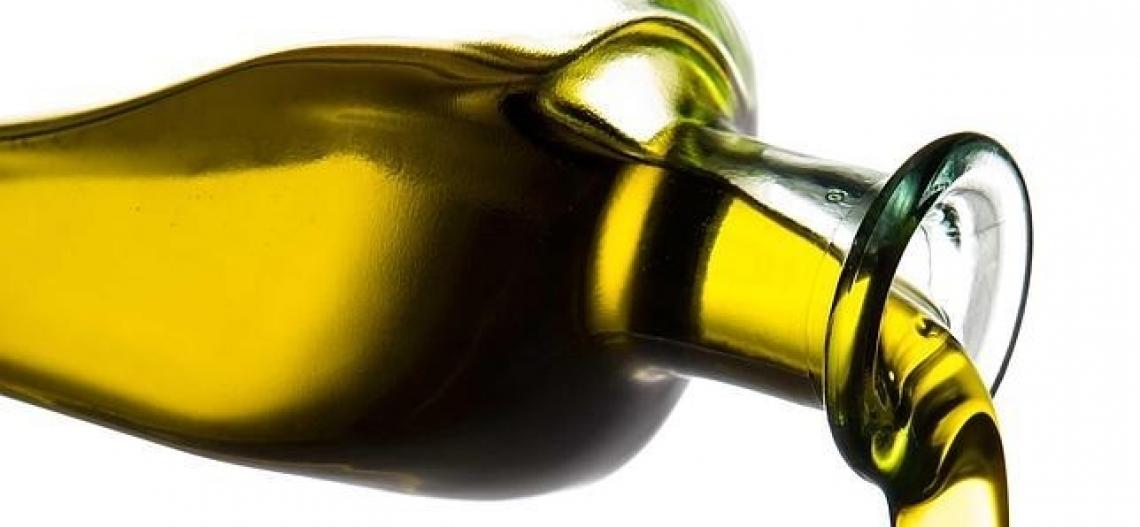 Le bandiere dell'olio extra vergine d'oliva toscano
