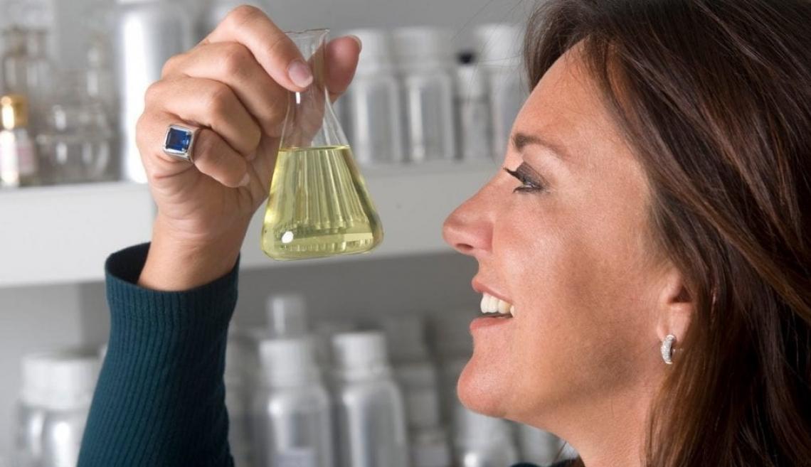 Dall'olio extra vergine d'oliva nasce un profumo per la casa