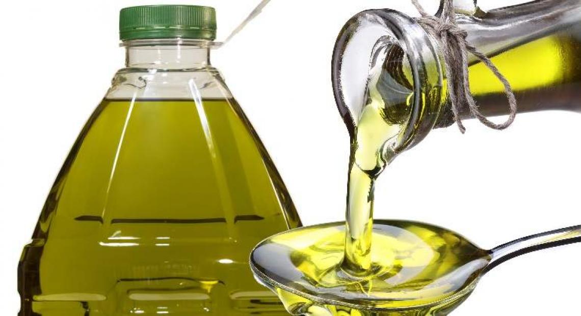 Ritiro volontario per 400 mila tonnellate d'olio d'oliva in Spagna