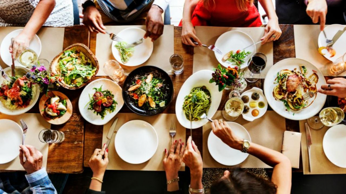 Un bonus da 5000 euro per i ristoranti e bar che acquistano cibo italiano