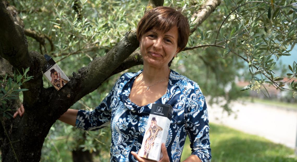 Dall'olio extra vergine di oliva alla cosmetica: la curiosità è donna
