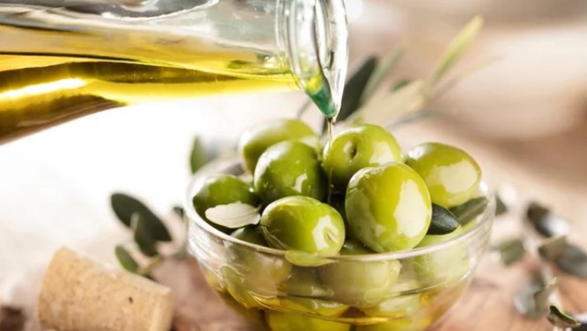 Cala la quotazione dell'olio d'oliva tunisino a 1,73 euro/kg