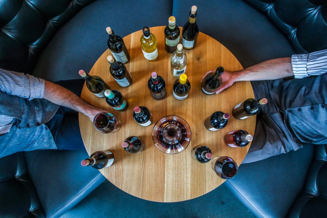 L'illuminazione della stanza cambia la percezione organolettica del vino