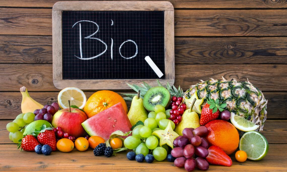 Sui cibi bio crescono i claim in etichetta relativi al free from e al rich-in