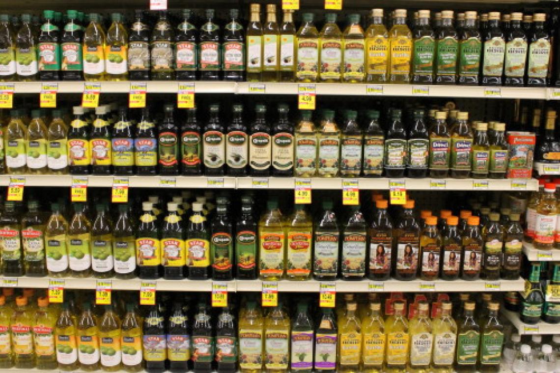 Olio extra vergine d'oliva a 1,99 euro al litro: ora basta, fermiamo lo scempio!