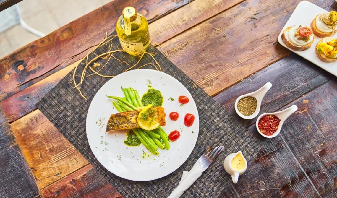 Gli effetti positivi e negativi della cottura su spezie e olio extra vergine d'oliva