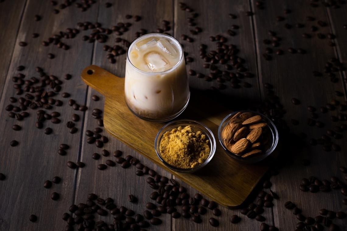 Caffè non solo in tazzina, ma anche in cocktail e bevande per la ripartenza