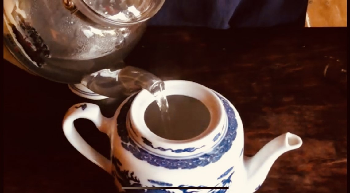 Il thè è una bevanda curativa per il corpo e lo spirito