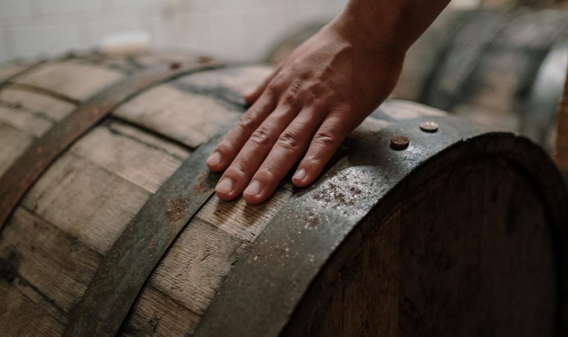 Trucioli di rovere arricchiti con Candida zemplinina per ottenere vini più fruttati