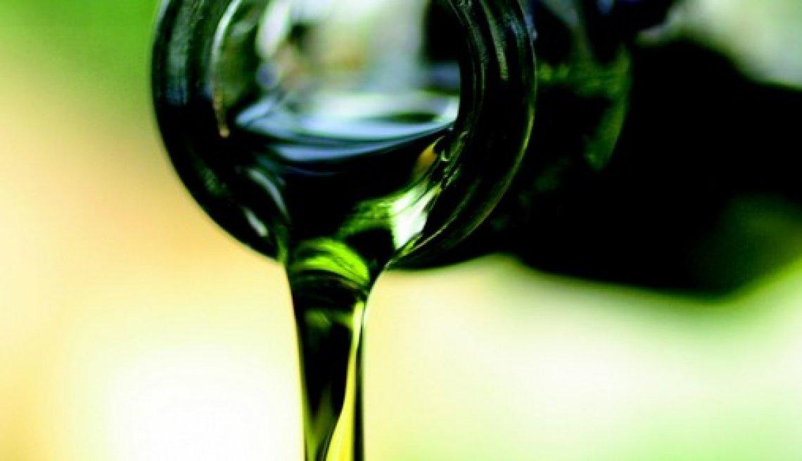 Oltre l'amaro e il piccante: il ruolo dei fenoli nell'aroma dell'olio extra vergine d'oliva