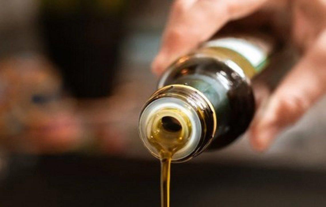 Ora i consumatori vogliono mettere sotto torchio gli oli di oliva a scaffale