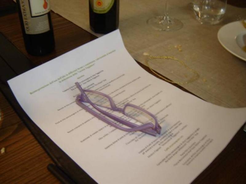Il riposo del menu. Dopo un lauto pranzo - Foto di Luigi Caricato