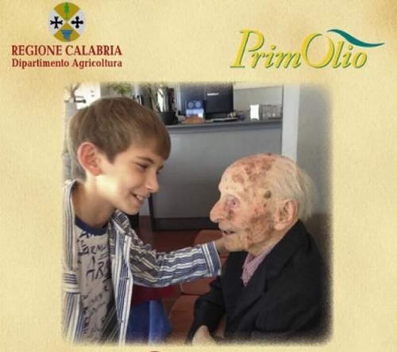La Calabria festeggia i 110 anni di nonno Salvatore Caruso testimonial vivente dell' Olio Extra vergine di Calabria