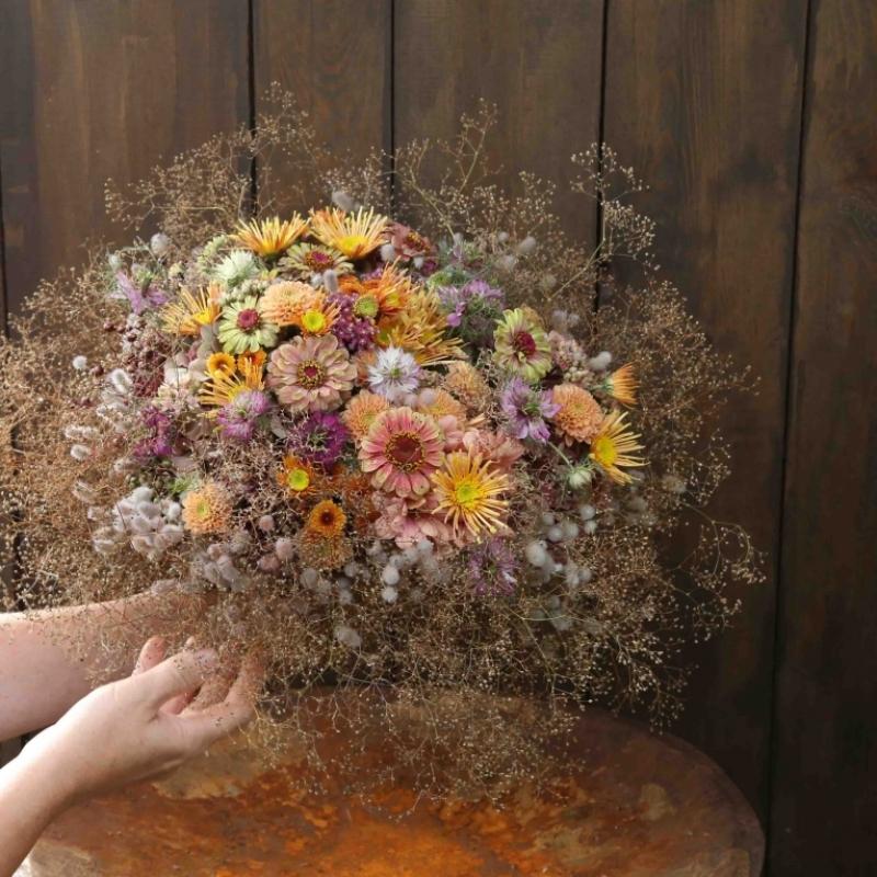 E' tempo di decorare con i fiori